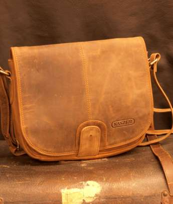 besace cuir vintage Kaszer